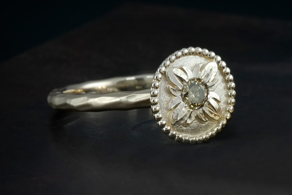 DRJST001 - Single Yellow Gold Flower Ring.jpg