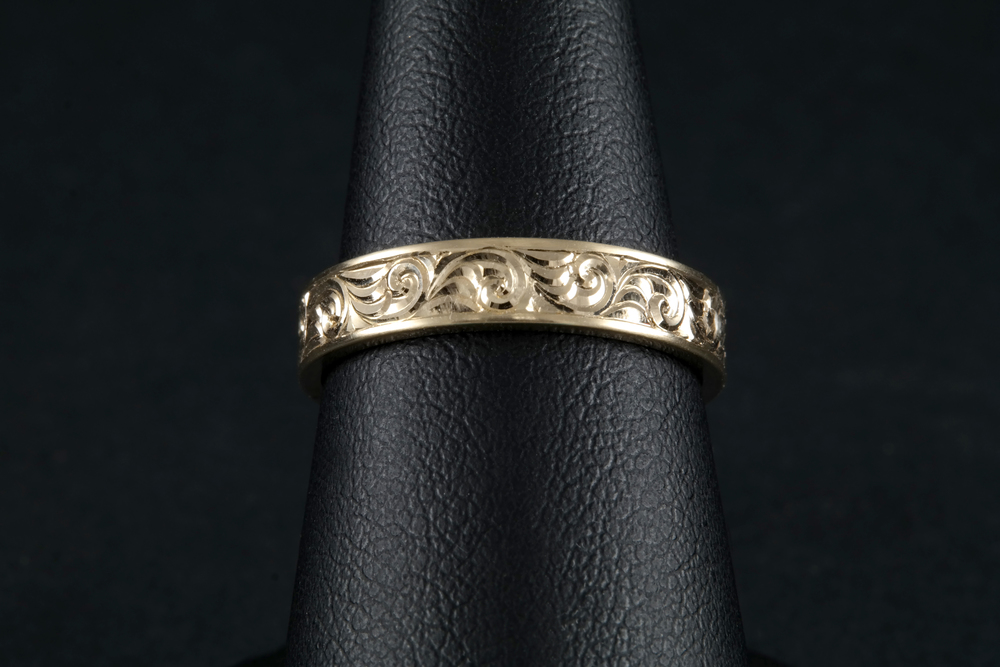 ST050YG - Stackable Ring.jpg