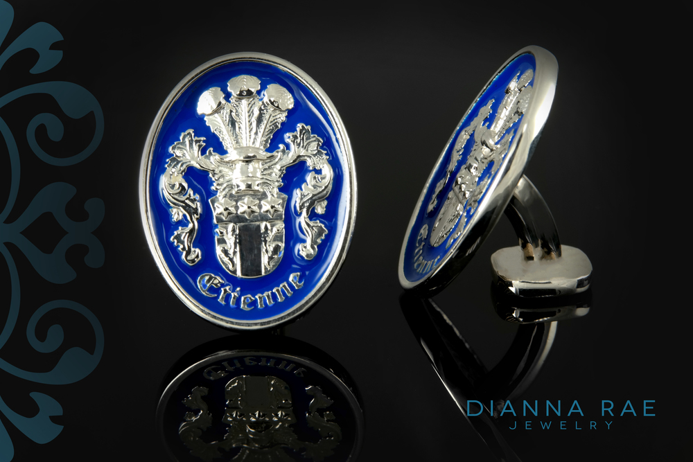 001-01426-001 Family Crest Custom Cuff Links.jpg