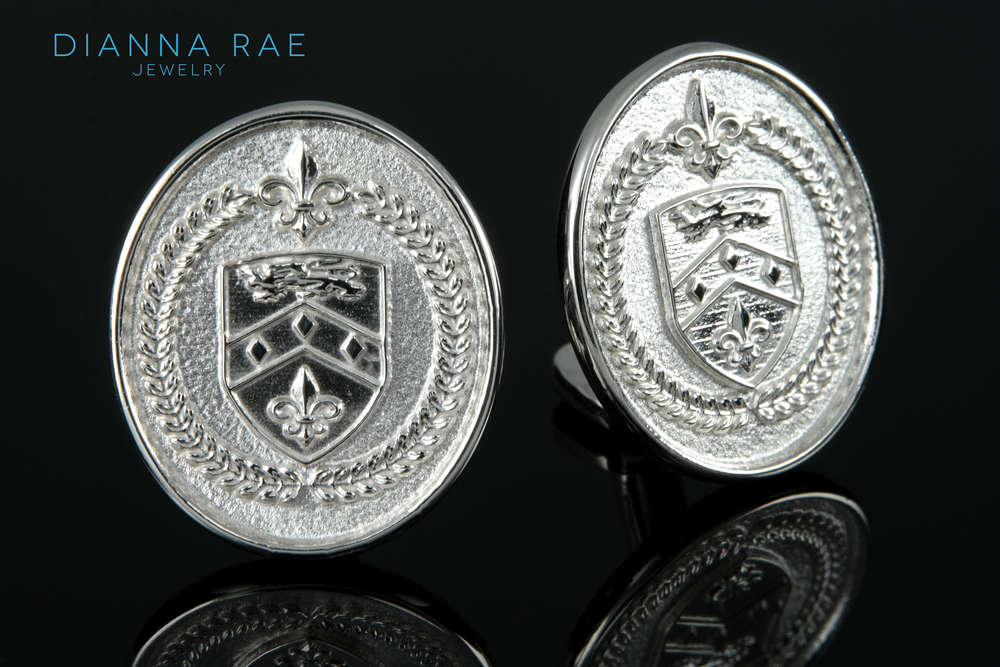 00-00672-001 Family Crest Cuff Links.jpg