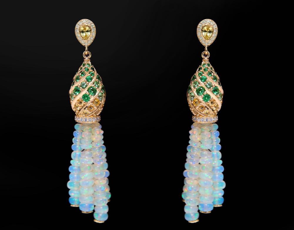 001-01554-001 Green Minaret Earrings.jpg