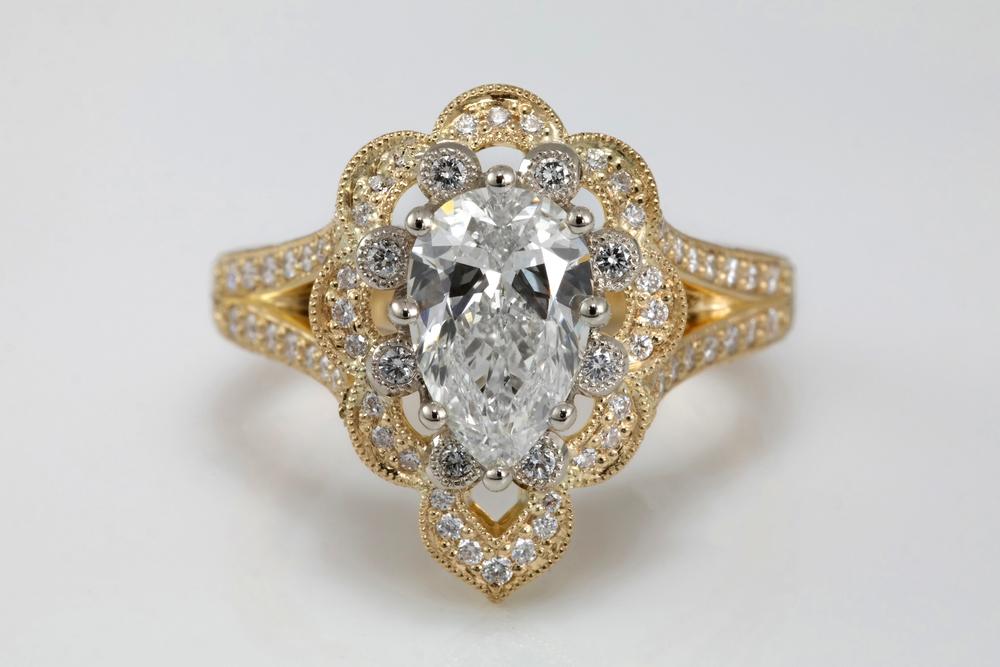 001-01861-002_Keisha Holmes_Pear YG Eng Ring_down no logo.jpg