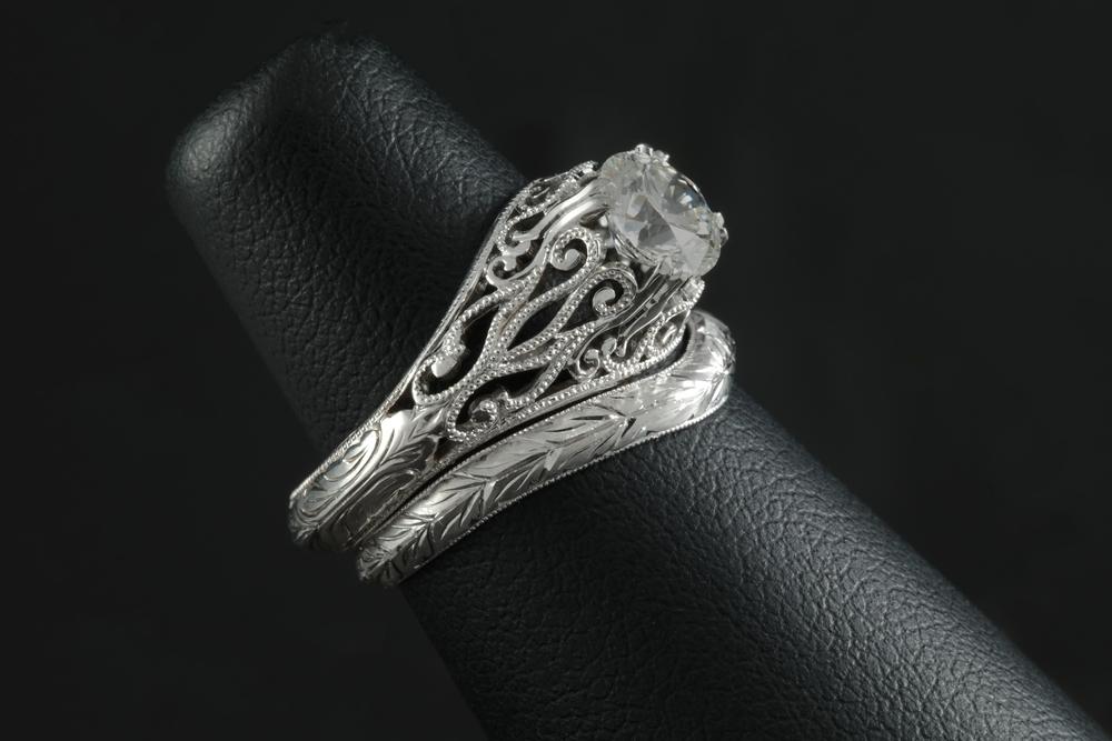 001-00896-001_Matching Engagement Ring and Wedding Band_Band Detail.jpg