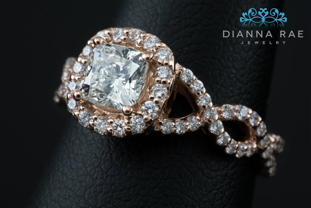 001-02512-001_Custom Rose Gold Engagement ring with Cushion Diamond_Detail.jpg