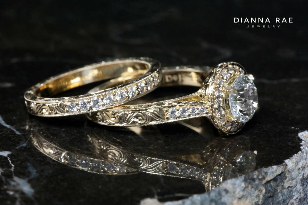 001-01770-001_Engraved YG Wedding Set_both.jpg