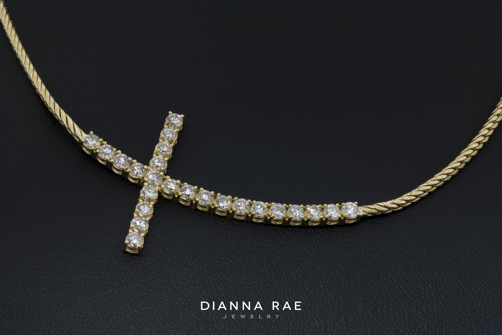 001-02631-001_Alan Breaud_Diamond Cross Necklace_1.jpg