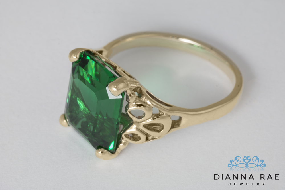001-02812-001_Green Quartz Restoration_Ring Finished_Down 2.jpg