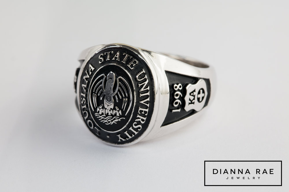 001-03314-001_Custom Louisiana State University Class Ring_Antiqued.jpg