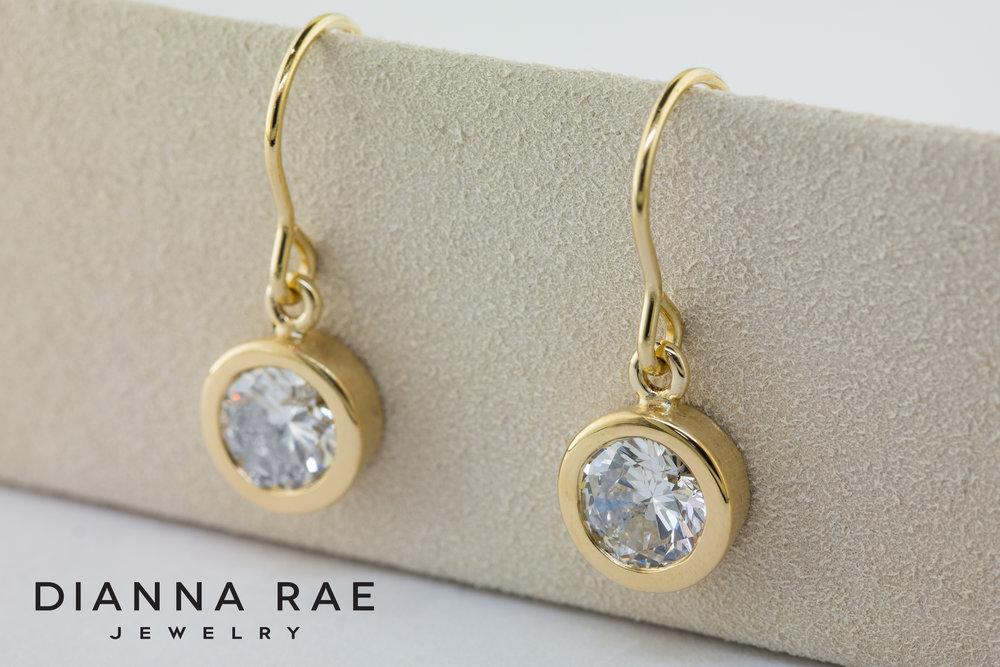 001-03269-002_Yellow Gold Bezel Set Diamond Earring.jpg