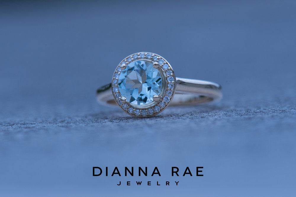 001-04669-001_Custom Yellow Gold Aquamarine Diamond Halo Class Ring.jpg