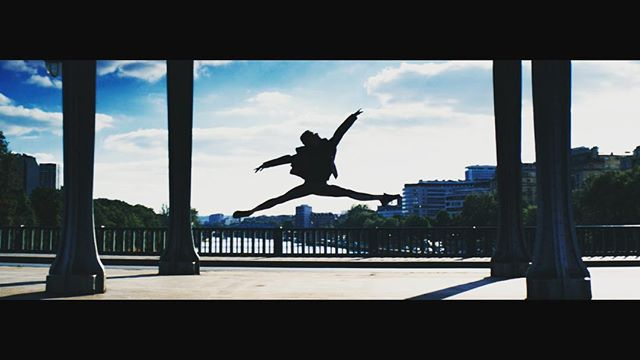 """We love the use of time and place in @arthurvalverde 's short film """"Statures of Gods"""". Valverde uses beautiful slow motion footage to develop a connection between suspended dancers and immobile statues. The film manages to elevate us into a different realm, while simultaneously grounding us in Paris' unique landscape. Check it out at https://vimeo.com/groups/screendancecollective/videos/233308616  #Paris #screendancecollective #dancefilm #screendance • • • • #cinedance #danceforfilm #sdc #dancefilm #film #editing #lighting #dance #danceoncamera #danceforcamera #experimentalfilm #art #arthouse #artfilm #artcinema #experimentalcinema #experimentalart #fashionfilm #danse #videodanza"""
