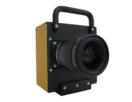 A camera prototype equipped with the newly developed CMOS sensor (Shown with EF35mm f/1.4 USM lens)