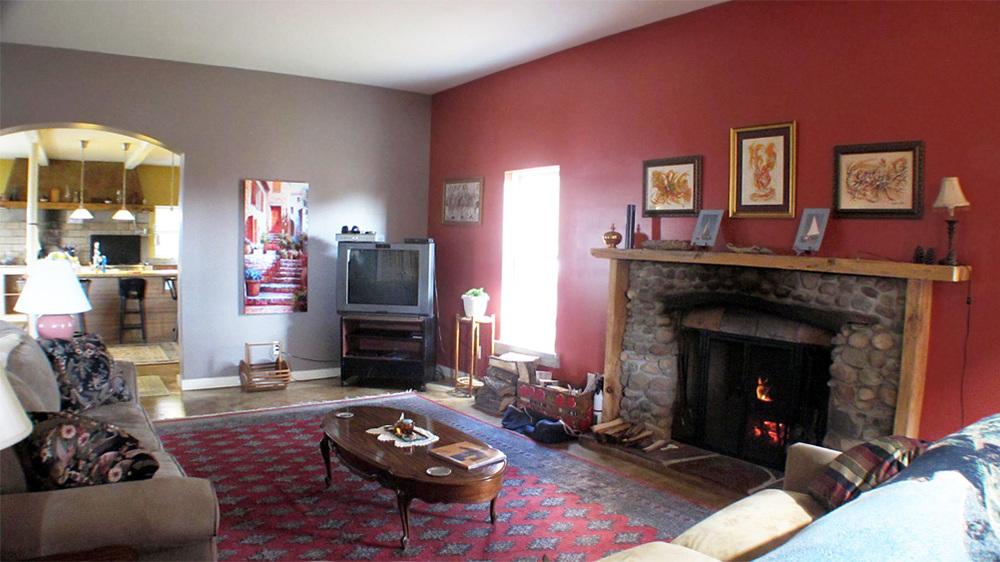 8-livingroom.jpg