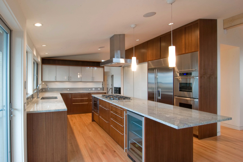 Build llc innis arden residence for Long narrow kitchen island ideas