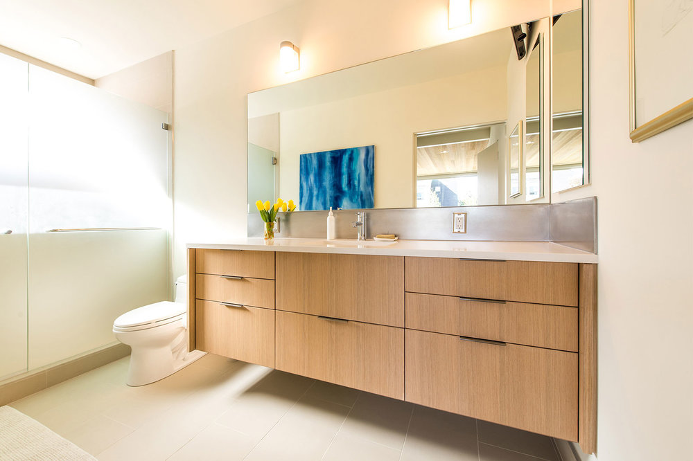 BUILD-LLC-CSH-Int-Master-Bath-02#.jpg