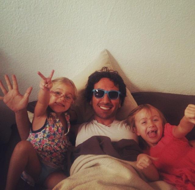 Emilia & Sofia & Uncle Dave!!!