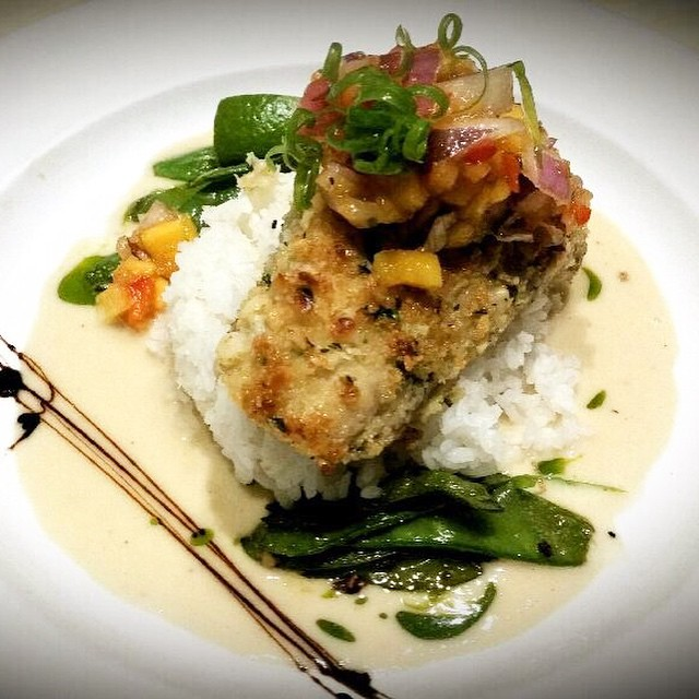 Fresh ono! Firm, mild, Hawaiian white fish🐠 served this evening mac nut crusted, with Japanese sticky rice, sugar snap peas, coconut lime buerre blanc, and Big Island papaya salsa #threesspecials #threesbarandgrill #live #love #surf