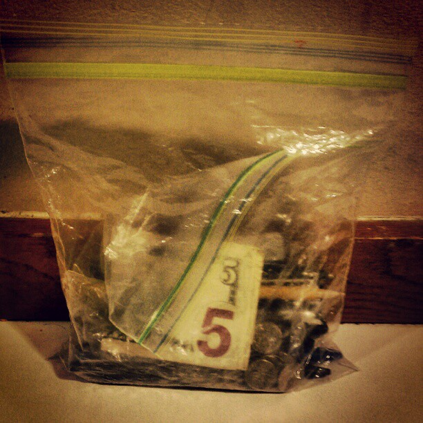 Aint Nuttin Like Money In a Ziplock Bag!  japoet: This is my homie's wallet…..smh. (Taken with instagram)