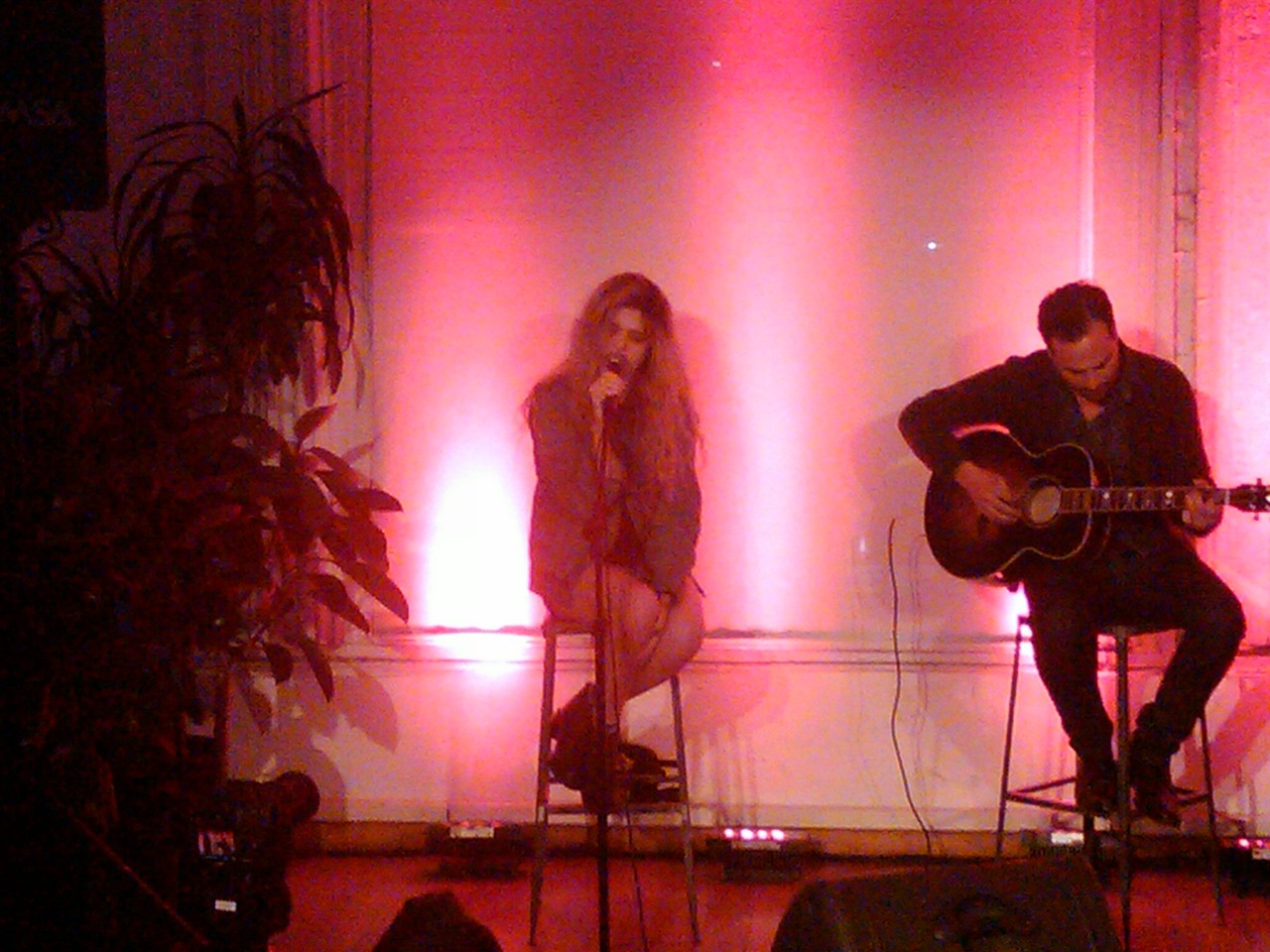 The Showroom became a concert hall when Sky Ferreira came! #ShowroomSavage