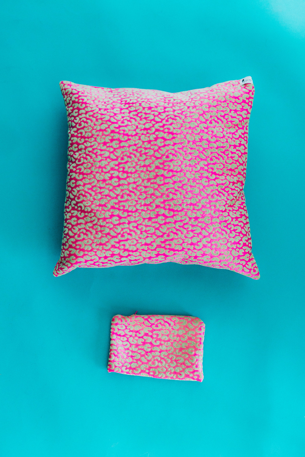 Tatalicious Pillow x Pouch.