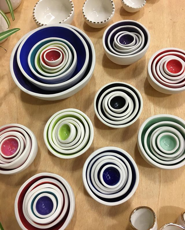 Come take care of all your tiny treasure needs today at Crafty Wonderland! Open 11-6pm at the Convention Center. @craftywonderland #relmstudios #craftywonderland #handmade #ceramics #mini #nestingbowls #rainbow #bowls #decor #design #interiordesign #decorate #gift #trinkets #treasures #modern #colorful #set #pdx