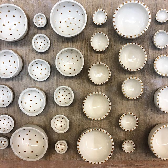 Gold luster day! 🤗 #relmstudios #handmade #homedecor #inthestudio #studioview #gold #goldluster #luster #22k #bling #ceramics #ceramicsstudio #production #mini #nestingbowls #interiordesign #design #decor #pdx #madeinportland