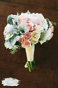 soft, pink and greenbouquet  / floral design by passion roots / what a day! photography
