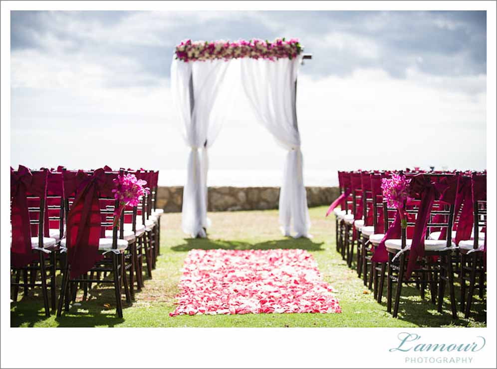 beautiful beachside ceremony decor / floral design by passion roots / l'amour photography