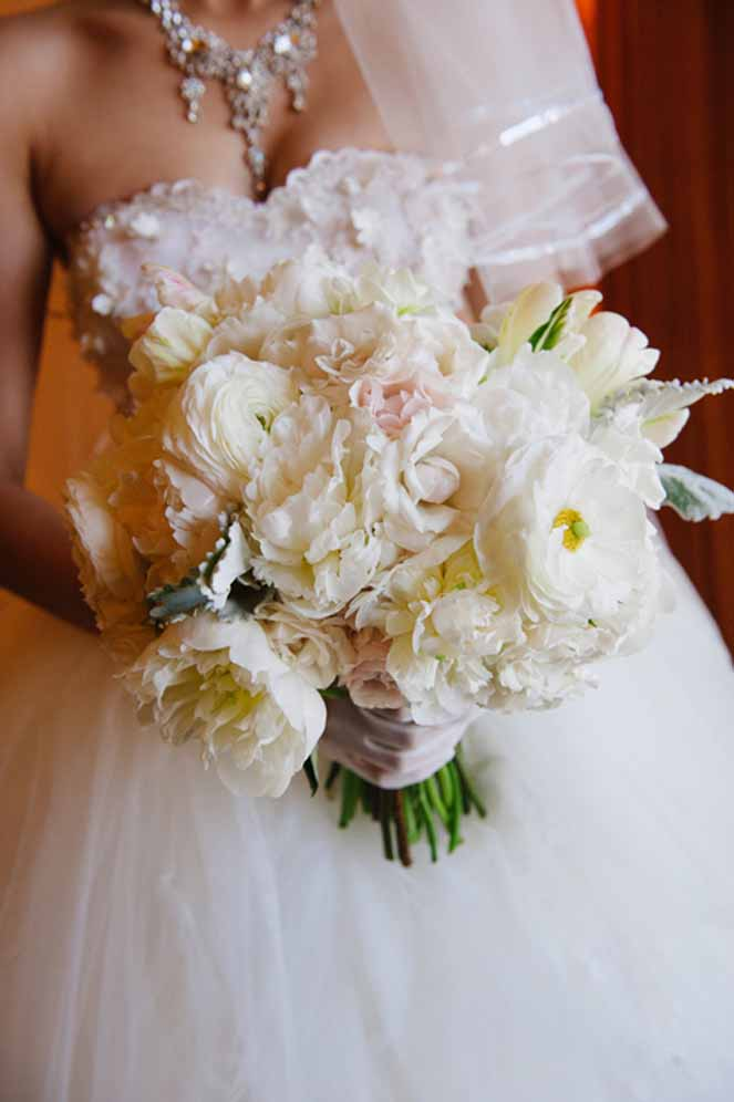 feminine white bouquet / floral design by passion roots /