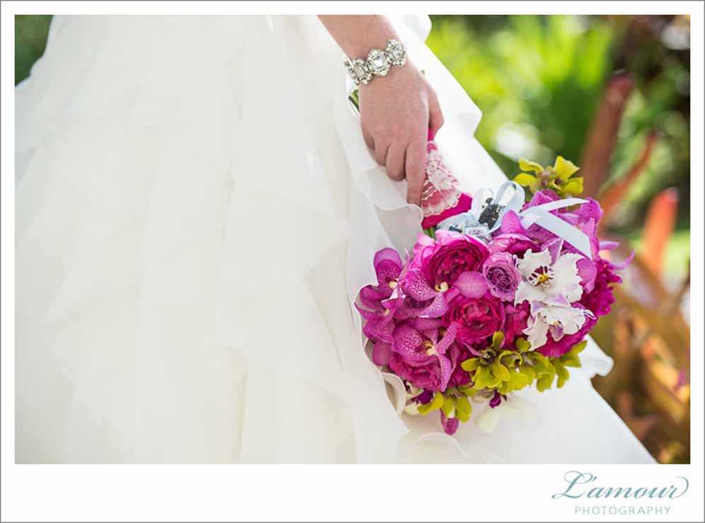 hot pink bridal bouquet by Passion Roots | L'amour photogrpahy | Oahu, Hawaii