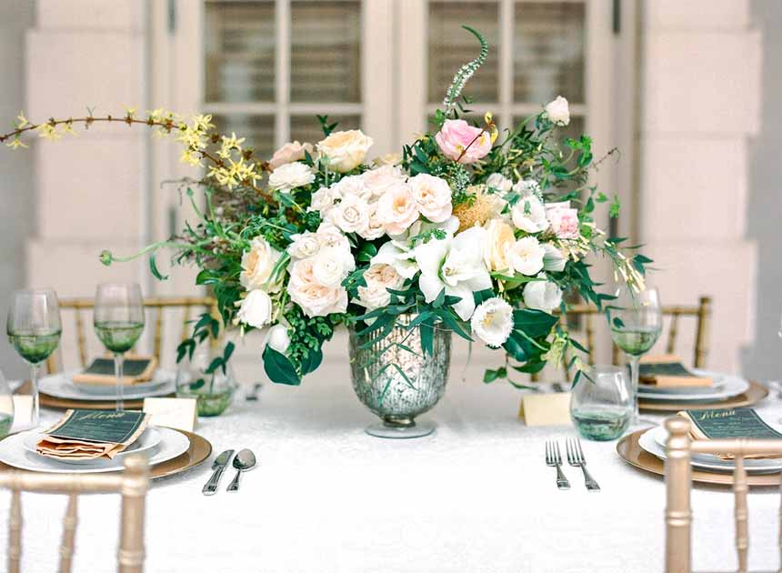 elegant garden centerpiece by Passion Roots / Ashley Goodwin Photography