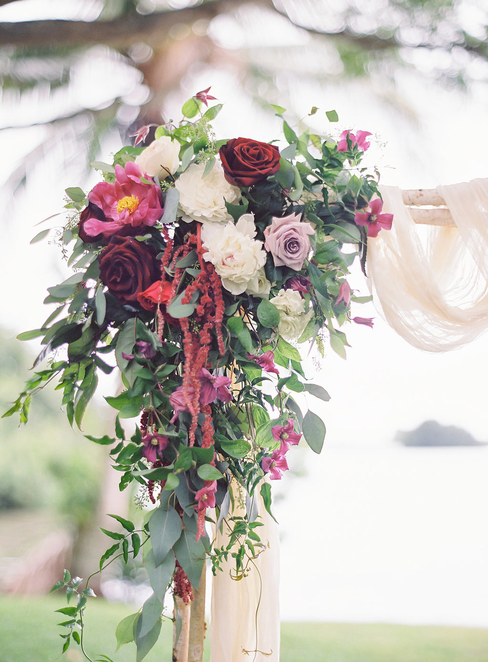 romantic berry and wine ceremony flowers by Passion Roots | The Great Romance Photography | Oahu, Hawaii