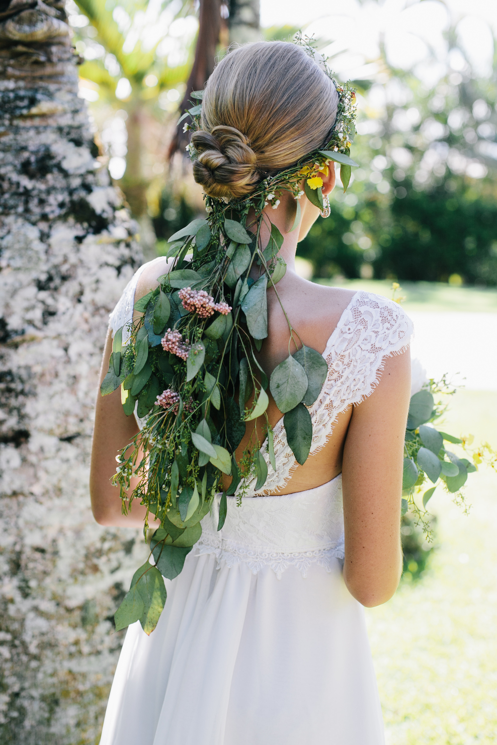 boho flower veil by Passion Roots | Meghan Nicole Photography | Oahu, Hawaii