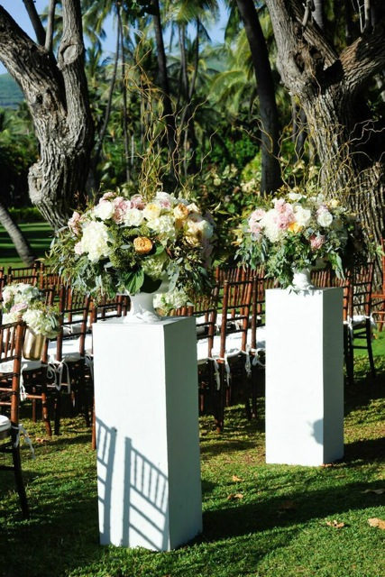 Ceremony Entrance Arrangements by Passion Roots | Eric Rhodes Photography | Oahu, Hawaii