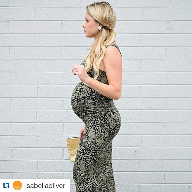 #Repost @isabellaoliver with @repostapp. ・・・ We love the Whitfield Print Maternity Maxi on @coreensmurphy!  #maternitystyle #maternity #ootd #stylemybump