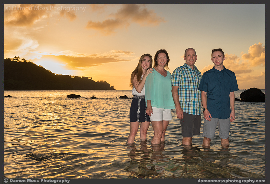 Kauai_Family_Photographer_Damon_Moss_A21A1_DM.jpg