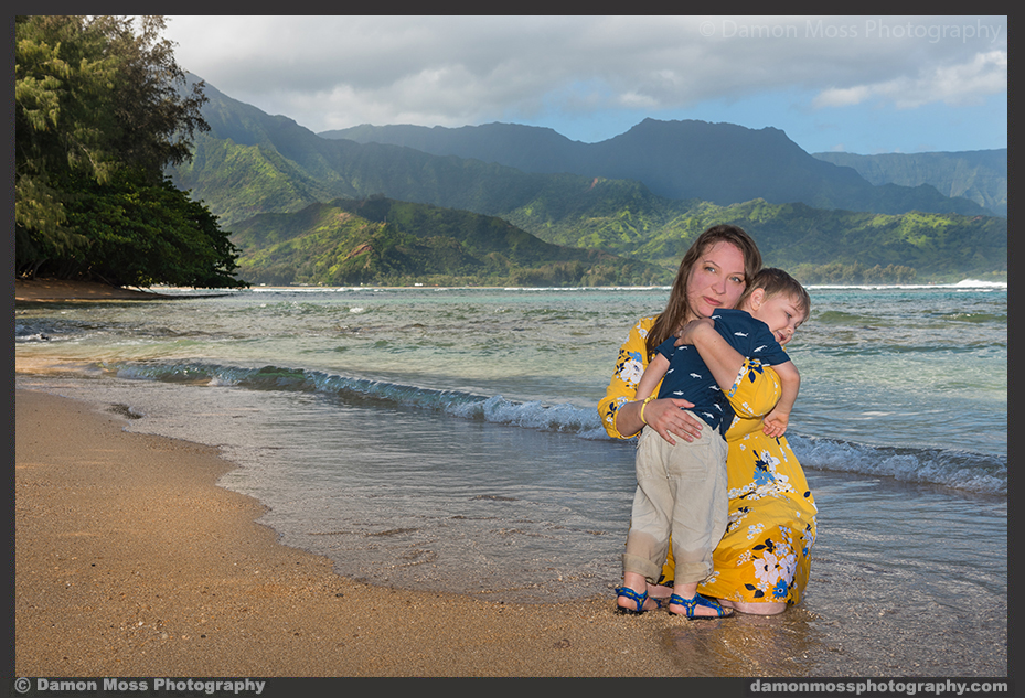 Kauai_Family_Photographer_Damon_Moss_A1_DM.jpg