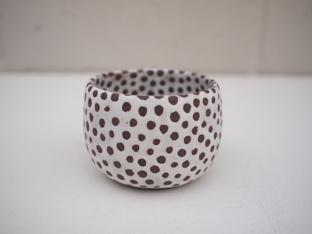 "#202 Matte b/w pot (int/ext)  2.25"" h x 3""d $35"