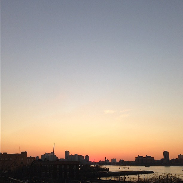 #sunset pics on instagram are the new WordArt on your elementary school book report.  (at High Line Park)