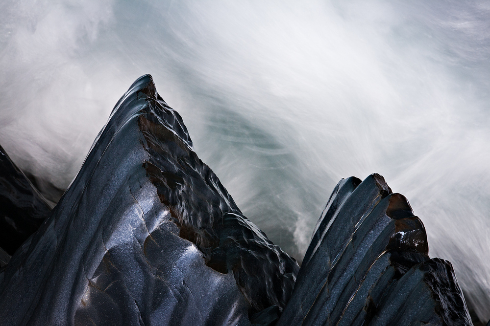 YohoNP-RockGarden-111006-0052-illusion-mountains-1500w.jpg