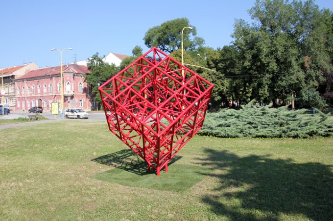 CUBE CONNECTION, 2013, public sculpture Košice, 330x330x330 cm
