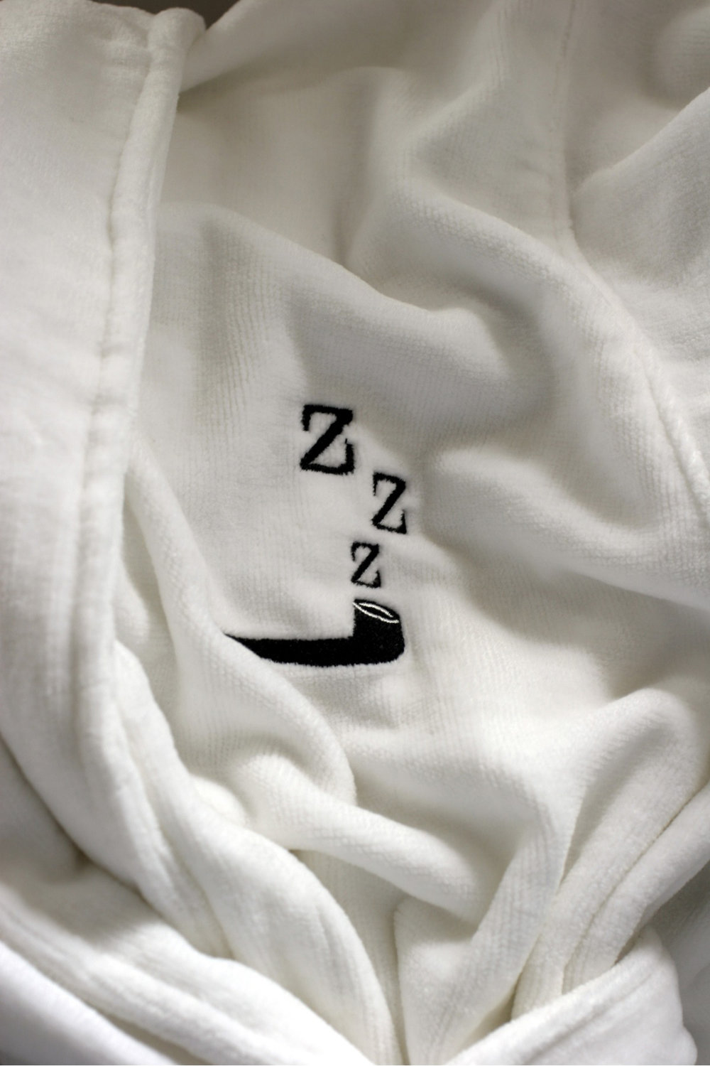 3102-tim-clinch-bathrobe-detail.jpg