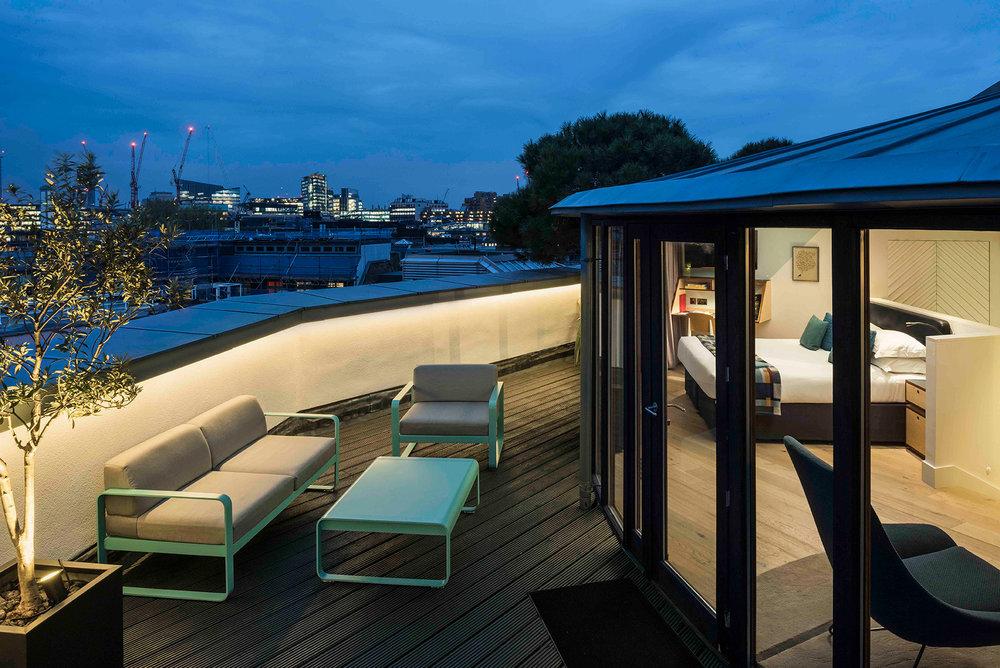 Rooftop-Deluxe-Terrace---Andreas-von-Einsiedel_DSC6948-(6).jpg