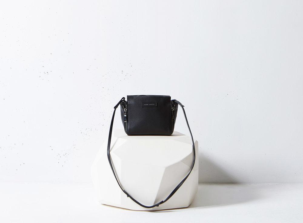 fabl_magazine_shop_bags_status_anxiety_oslo_scandi_genuine_leather.jpg