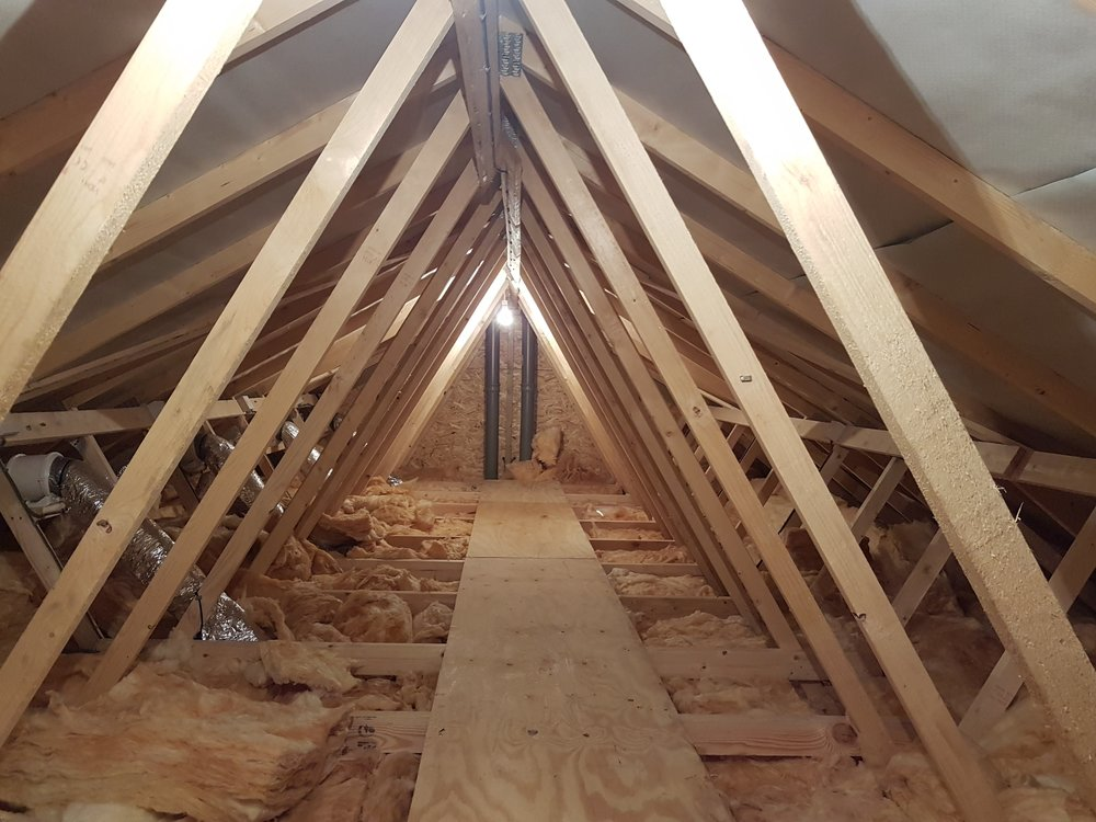 Timber framed roof structure