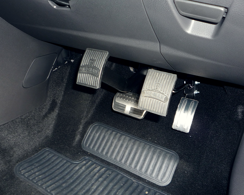 Acc-&-Brake-Pedals-6-Pedal-Extensions.jpg