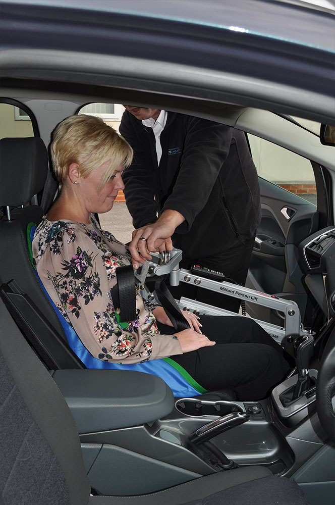 vehicle-adaptation-disabled-motability-person-lift10.jpg