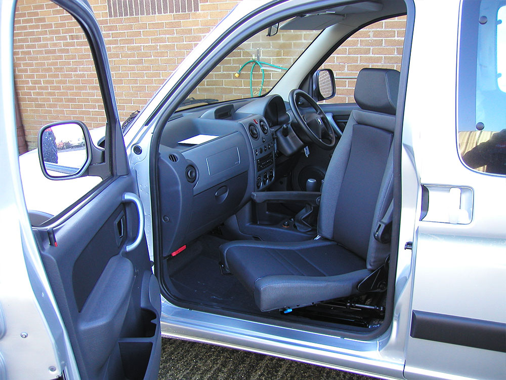 Vehicle Adaptation Disabled Motability Elap Rotating Car Seat4