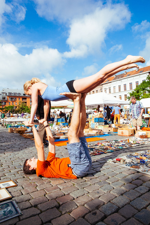 yoga couple flea market