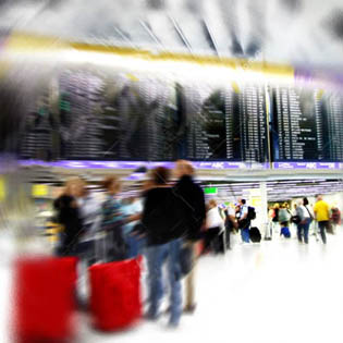 airport-crowd2.jpg